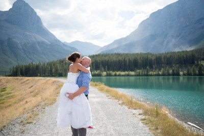 V + D Beautiful Canmore Wedding