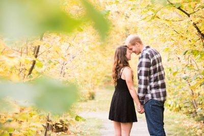 Jadon & Sarah Gellately Nut Farm Engagement Session