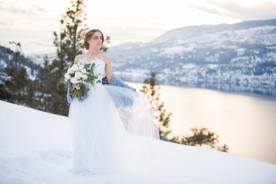 Pretty in Blue | Winter Bride Session